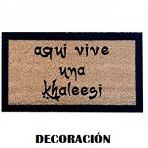 Artículos feministas de decoración y hogar.